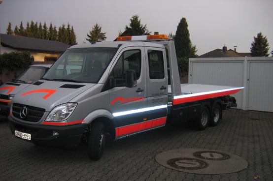 Projekt Abschleppwagen - Einbau Becker Grand Prix und Z302 - Beschreibung - 1
