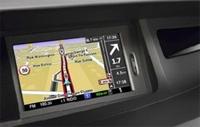 Das neue Carminat TomTom LIVE von Renault bringt jetzt auch Echtzeitdaten ins Fahrzeug...