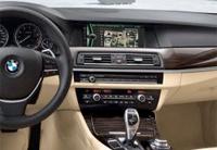 Google baut seine Dienste im aktuellen BMW-Navi aus und bietet damit noch mehr Infos...