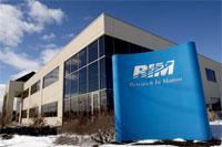Aufgrund der schlechten Verkaufzahlen des letzten Jahres und der zunehmenden Konkurrenz durch Google und Apple muss RIM Mitarbeiter entlassen...