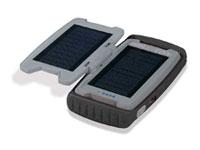 Brunton erweitert sein Angebot um zwei Outdoor-Akkus, die unterwegs über Solarpanels geladen werden können...