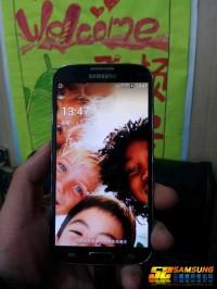 Samsung_Galaxy_S4_01