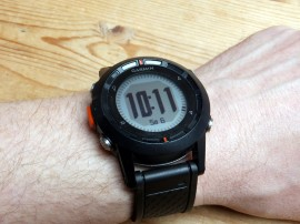 Die Fenix als einfache Armbanduhr