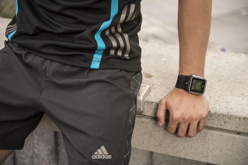 miCoach Smart Run: Neue GPS Laufuhr von Adidas