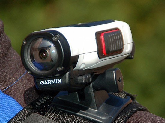 Garmin Virb Elite in Schulterposition