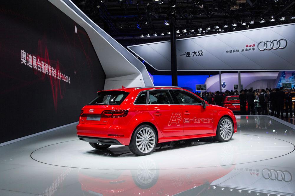 Audi_A3_2014_China_TomTom