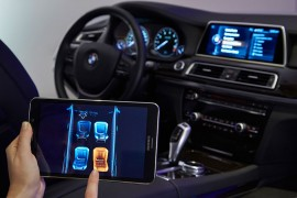 BMW-Touch-Command-03