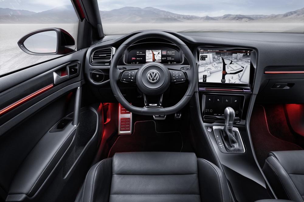 volkswagen-golf-r-touch-Innenraum