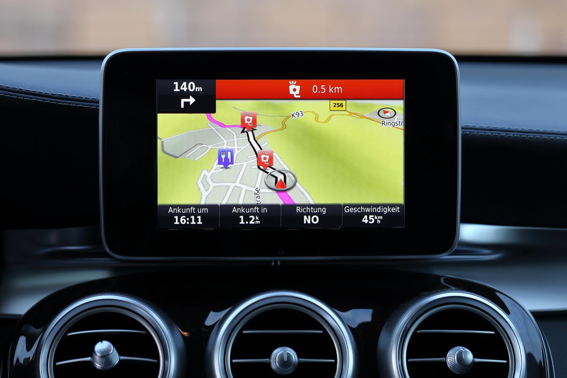 POIs und Blitzer für Garmin Map Pilot (Mercedes