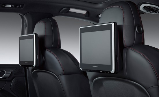 Porsche-Rear-Seat-Entertainment