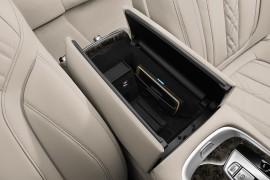 BMW-7er-iDrive-induktives-laden