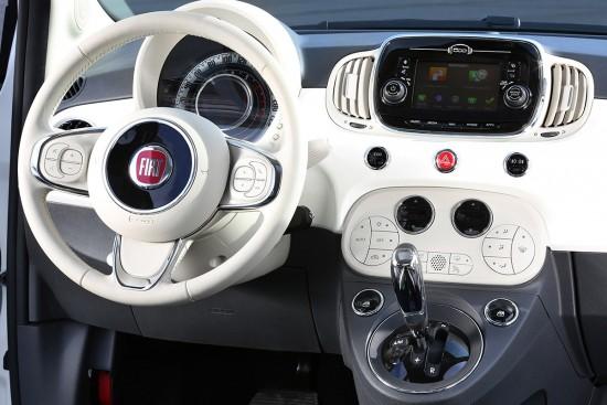 TomTom-im-UConnect-5-des-FIAT-500-Masterpiece-reload