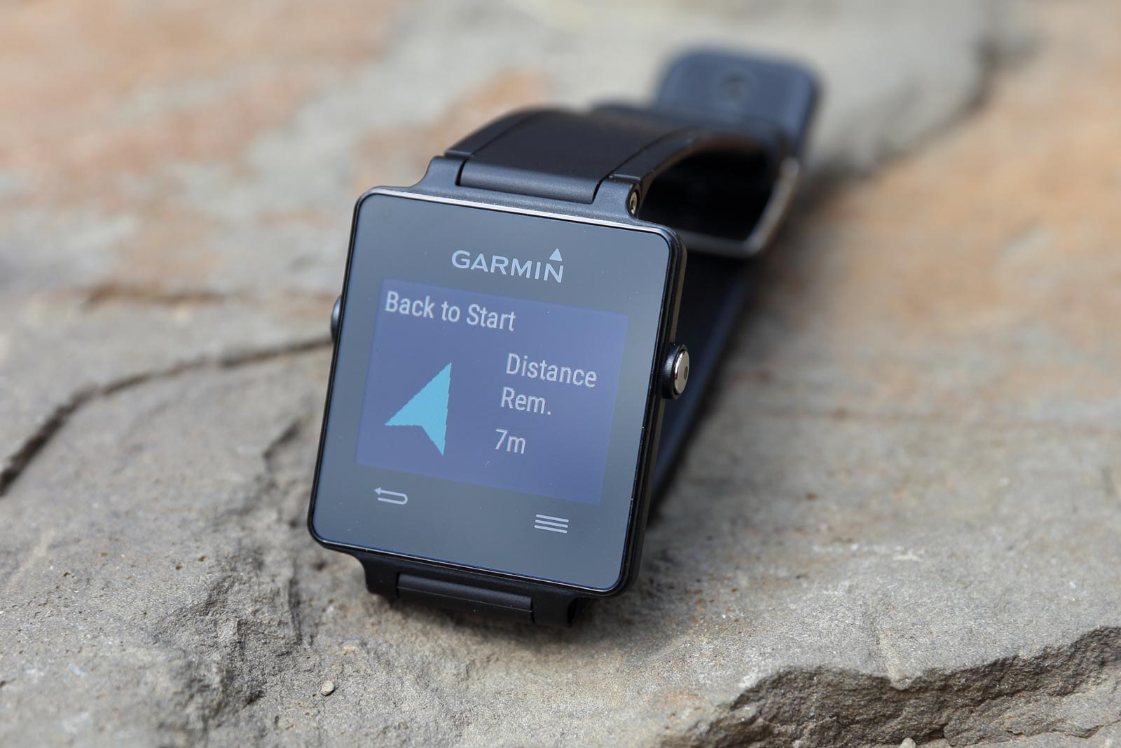 garmin vivoactive im test. Black Bedroom Furniture Sets. Home Design Ideas