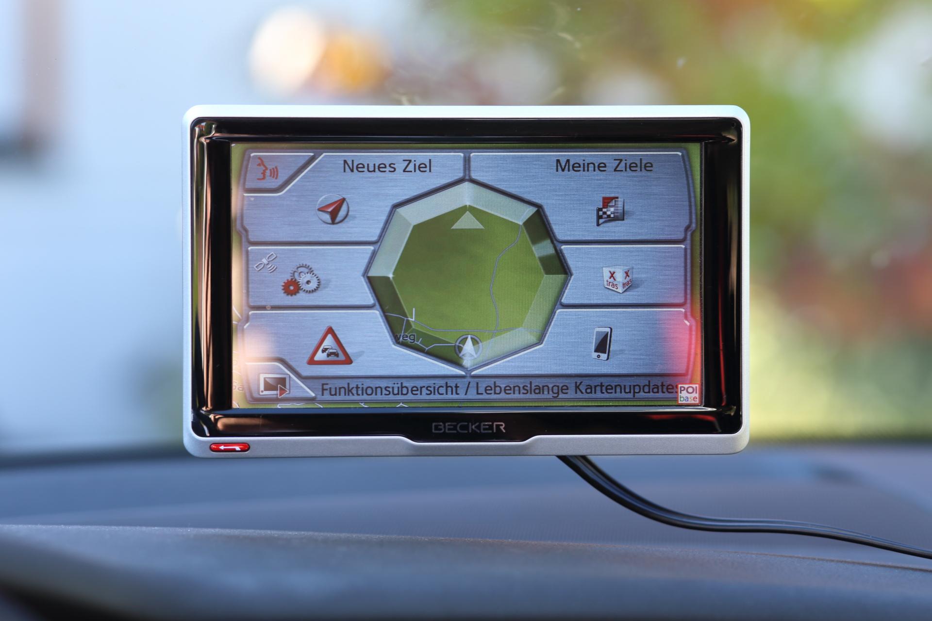 Gps Geräte Für Auto : Navi test top geräte im vergleich u a pocketnavigation