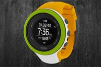 Bunte Kombintion der Suunto Ambit3 Peak