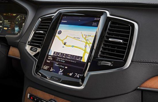 2016-Volvo-XC90-navigation