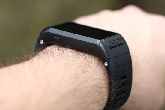 vivoactive_hr_arm-1400