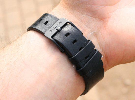 Garmin-vivomove-Armband-1900