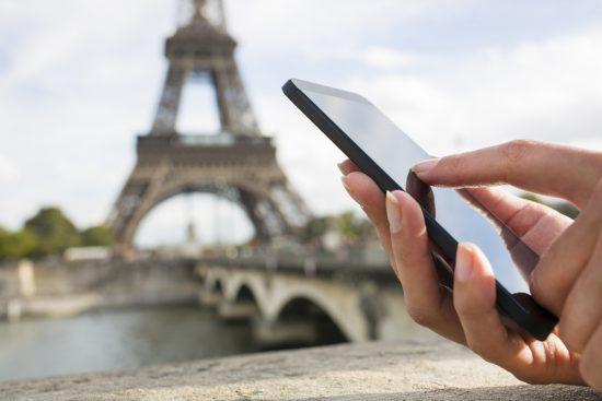Besser als jeder Reiseführer – mit dem Smartphone haben sie die Zusatzinfos immer parat