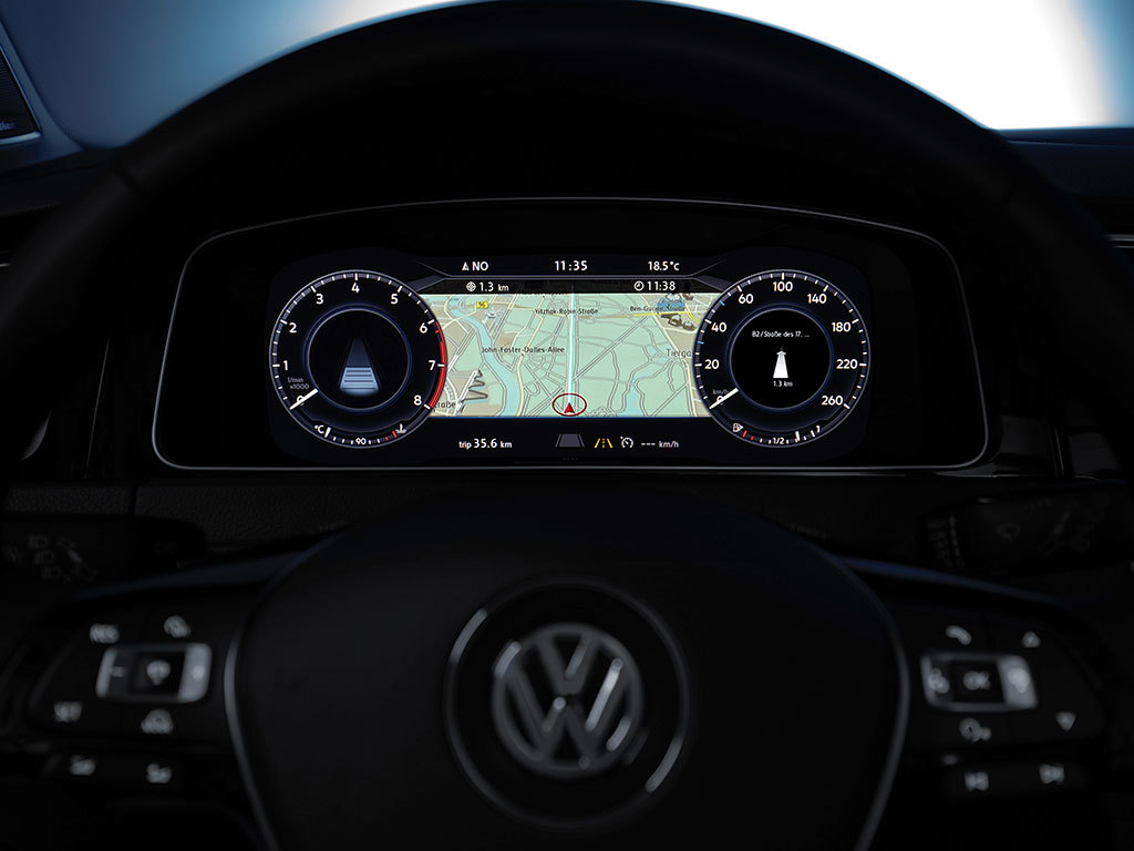 vw golf erh lt neue infotainment systeme und digitales instrumentendisplay. Black Bedroom Furniture Sets. Home Design Ideas