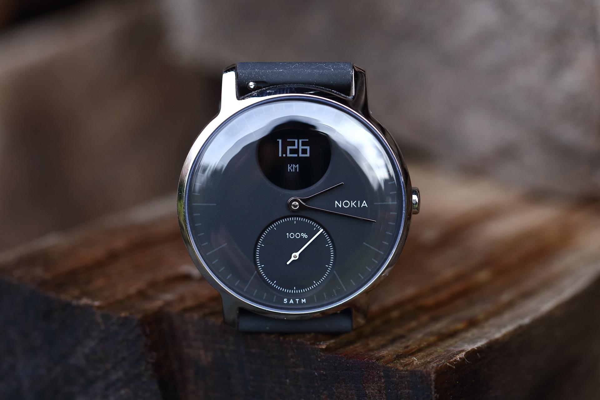 Hybrid-Smartwatch mit 25 Tagen Akkulaufzeit